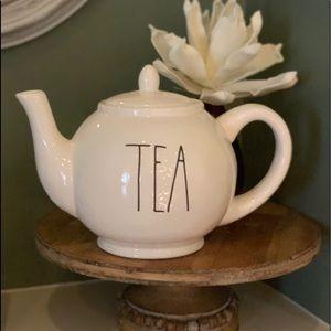 Rae Dunn LL TEA Pot